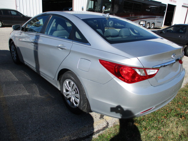 Rear-Bumper-Fender-Trunk-Bodywork-from-Side-Crash-Accident-on-a-Hyundai-Four-Door-Sedan-Car-by-Perry-Legend-Collision-Repair-Center-in-Columbia-Missouri-After