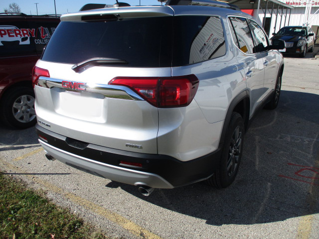 Rear-Bumper-and-Back-Hatch-Trunk-Body-Work-from-Rear-Impact-Crash-Accident-on-a-GMC-Four-Door-SUV-by-Perry-Legend-Collision-Repair-Center-in-Columbia-MO-Before